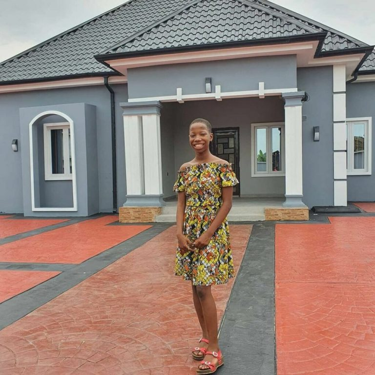 After news of comedienne, Emmanuella building a house for her mother surfaced online, Nigerians have trolled Nollywood actress, Regina Daniels.