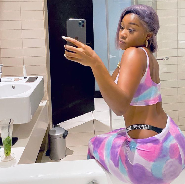 Efia Odo Brags That No Man Can Afford Her After Buying iPhone 12 Pro