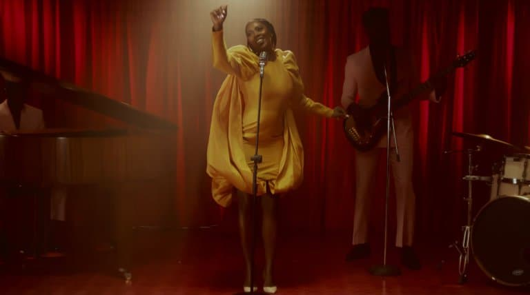 Renowned female singer and songwriter, Tiwa Savage who has been doing well in her music career seems to have stirred up the social media space after flaunting her backside in a new video she shared.