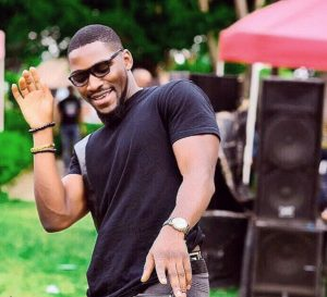OMG! Tobi Bakre explained why it's not easy to be happy in Nigeria, Do you agree?